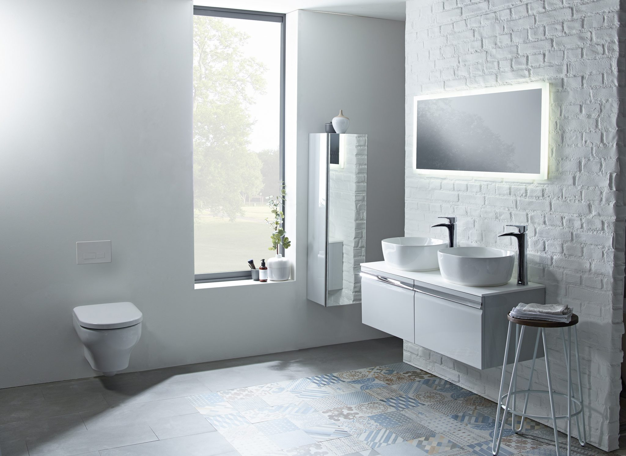 Roper Rhodes leads the trend for shades of grey in the bathroom ...